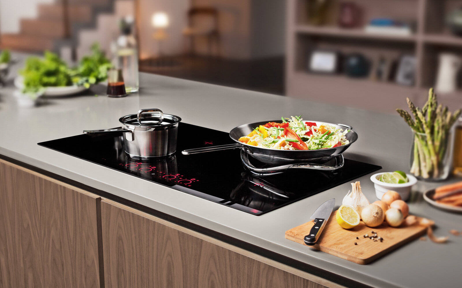 Which cookware to use with induction cookers?