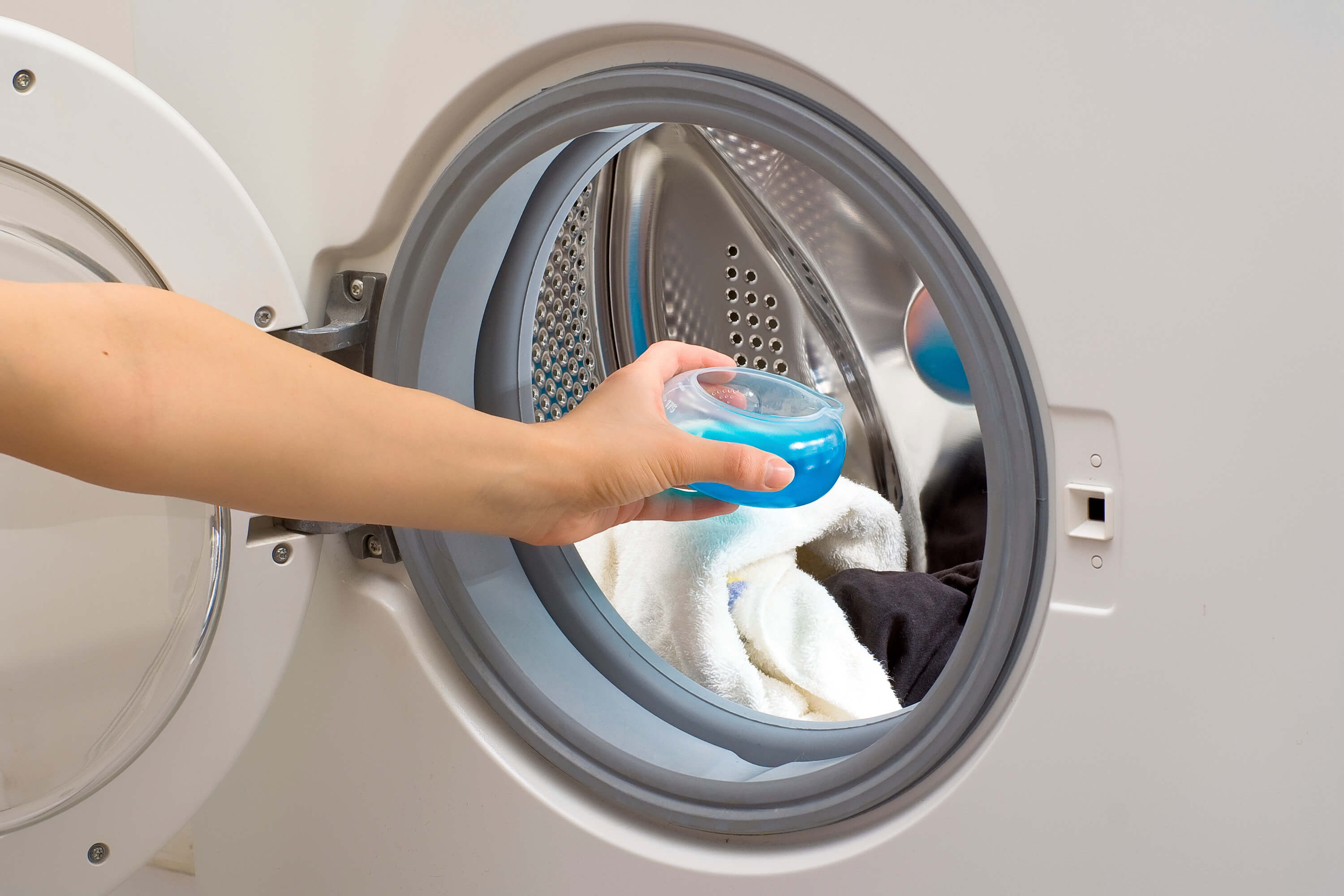How to prevent mold in the washing machine