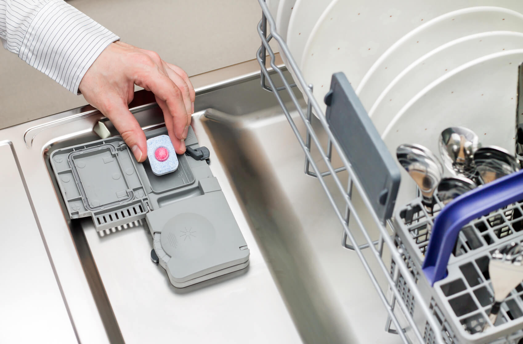 Tablets won't dissolve in the dishwasher – what do I do?